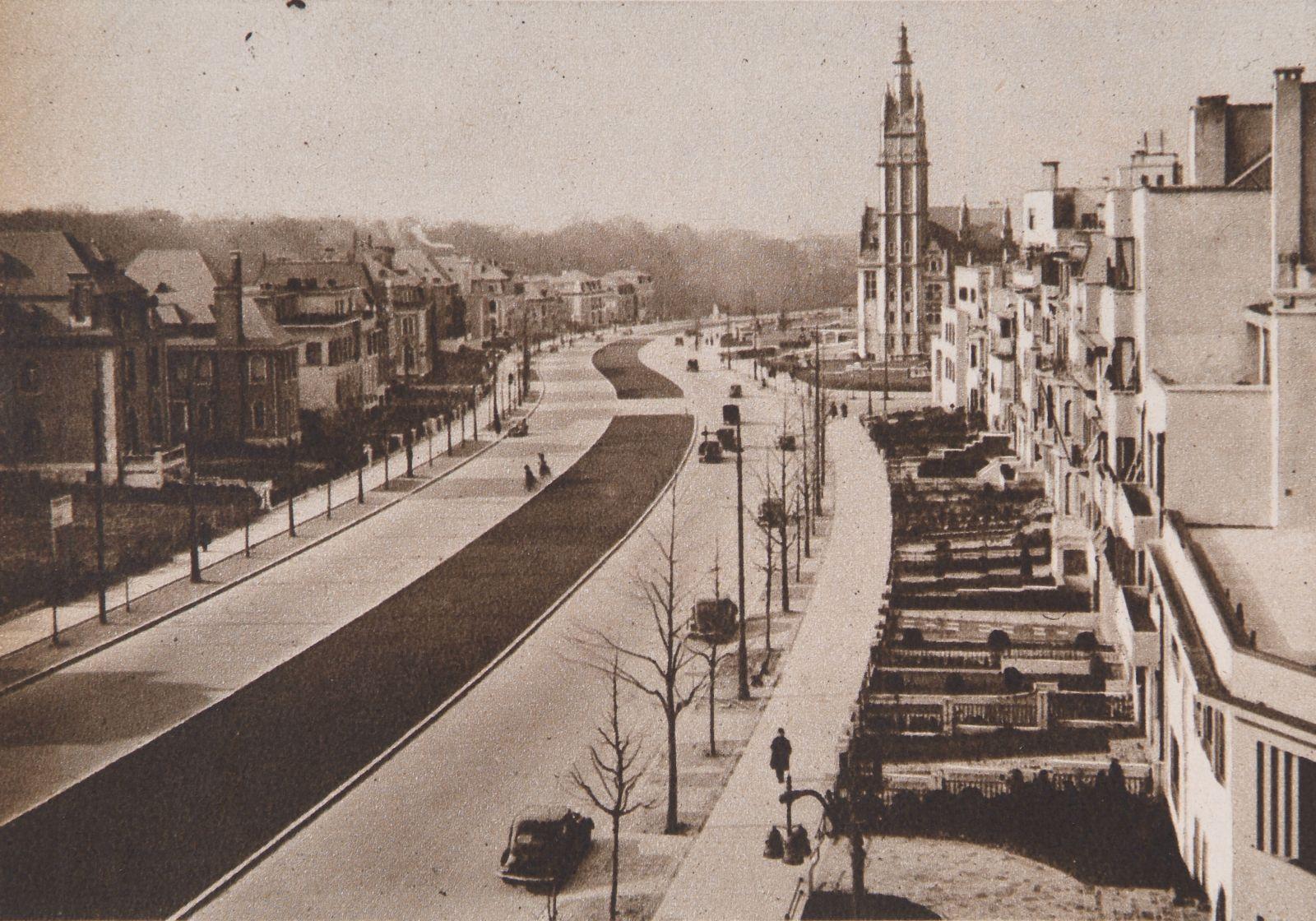 L'ancienne avenue des Nations, aujourd'hui avenue Franklin Roosevelt en 1938. <i>Bâtir</i>, 1938, 63, p. 70.