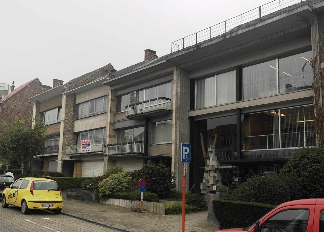 Avenue de Villegas 25 à 31, ensemble de quatre maison construit entre 1957 et 1963, conçu par l'architecte Raoul Brunswyck (2014).