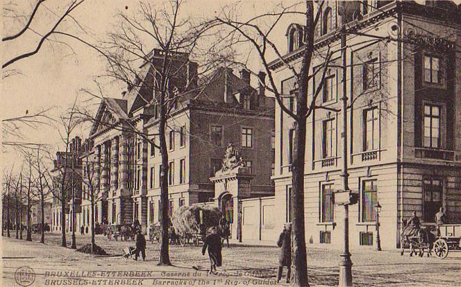 Casernes, boulevard Général Jacques (Collection de Dexia Banque).</br></br>