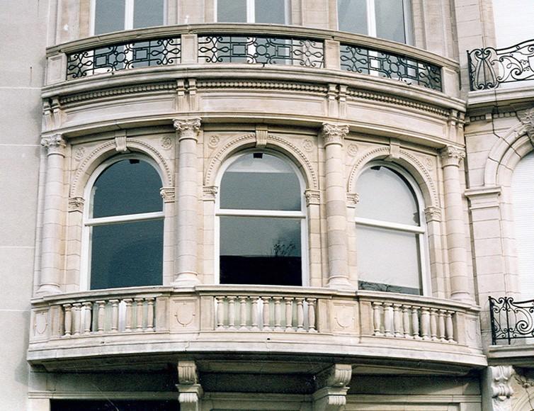 Bow-window, Tervurenlaan 164, Sint-Pieters-woluwe, 1913, arch. Ch. Neyrinck en Franz D'Ours., 2002