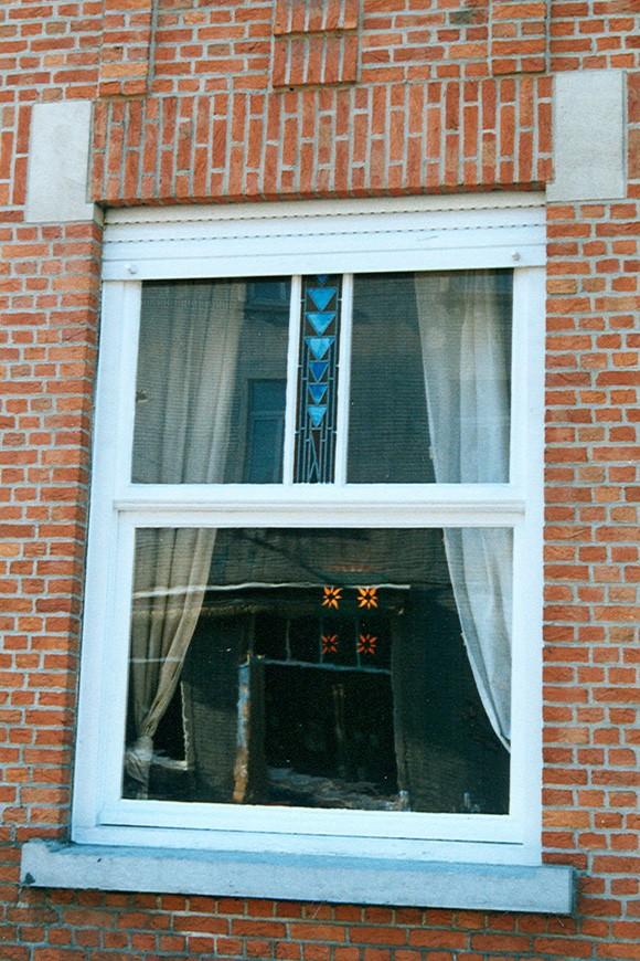 Fenêtre à guillotine, avenue Louis Gribaumont 22, Woluwe-Saint-Pierre, 1934, architecte L. Baets., 2005