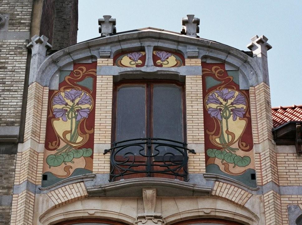 Décor de sgraffites, chaussée de Waterloo 13, Saint-Gilles, 1900, architecte Ernest Blérot., 2004