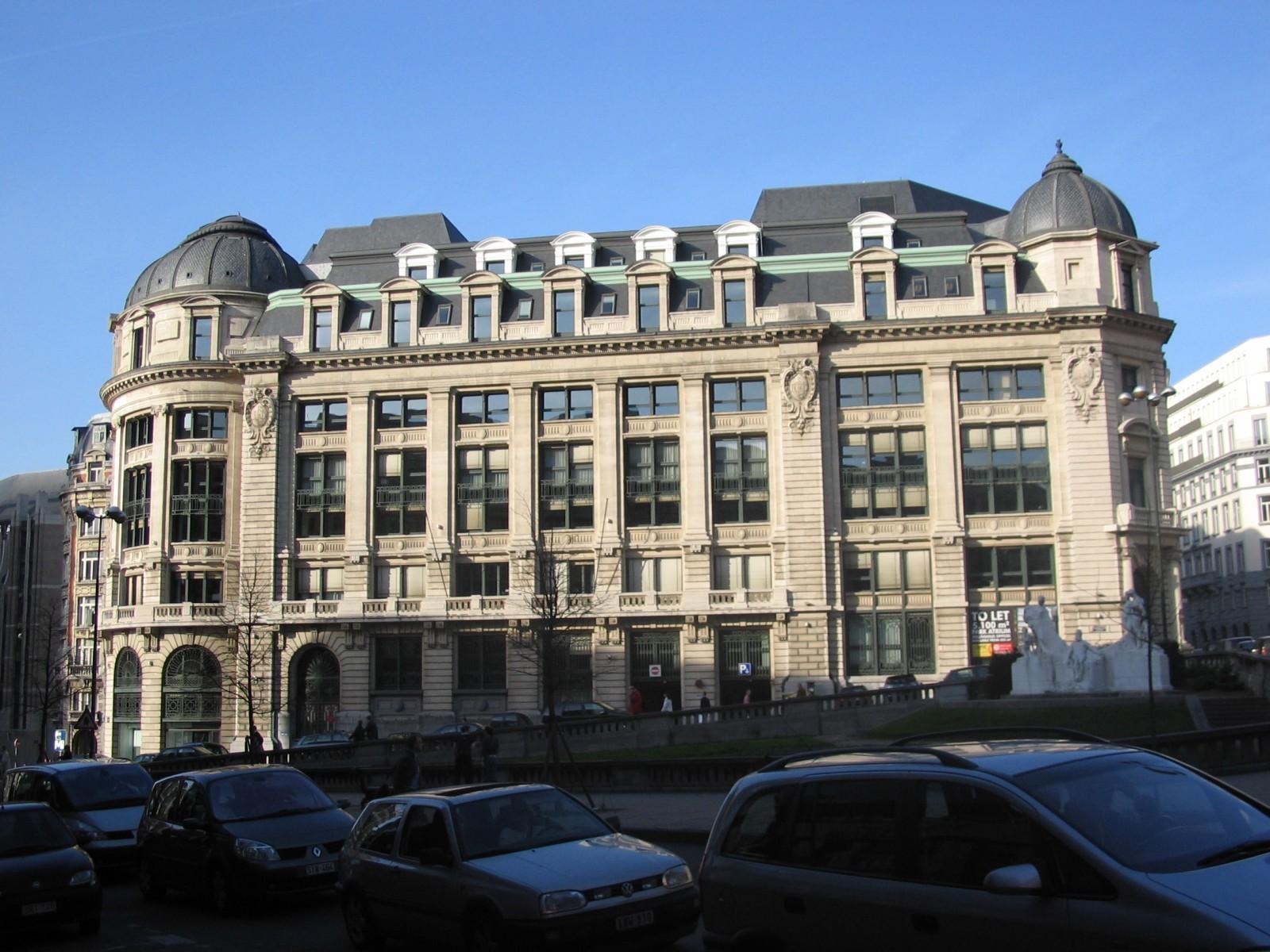 Beaux-Arts, ancienne Caisse Générale de Reports et de Dépôts, rue des Colonies 1-21, Bruxelles, 1911, architecte Paul Saintenoy., 2005