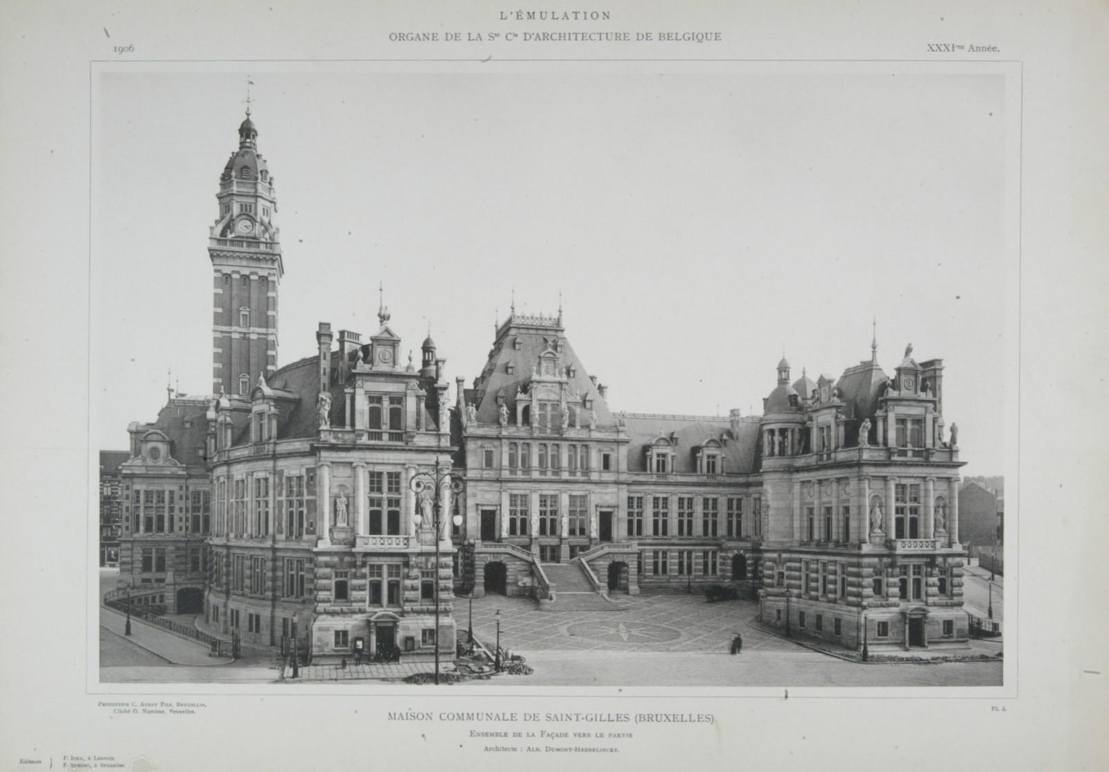 Style néo-Renaissance française, hôtel de ville, place Maurice Van Meenen 39, Saint-Gilles, 1896, architectes Albert Dumont et Auguste Hebbelynck (<i>L\'Émulation</i>, 1906, pl. 1).