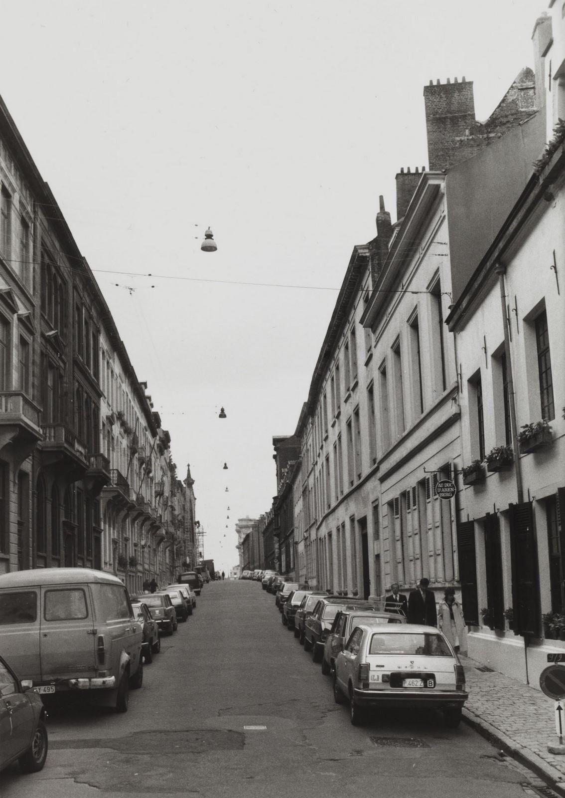 Wolstraat, straatbeeld vanuit Kleine Zavel, 1980