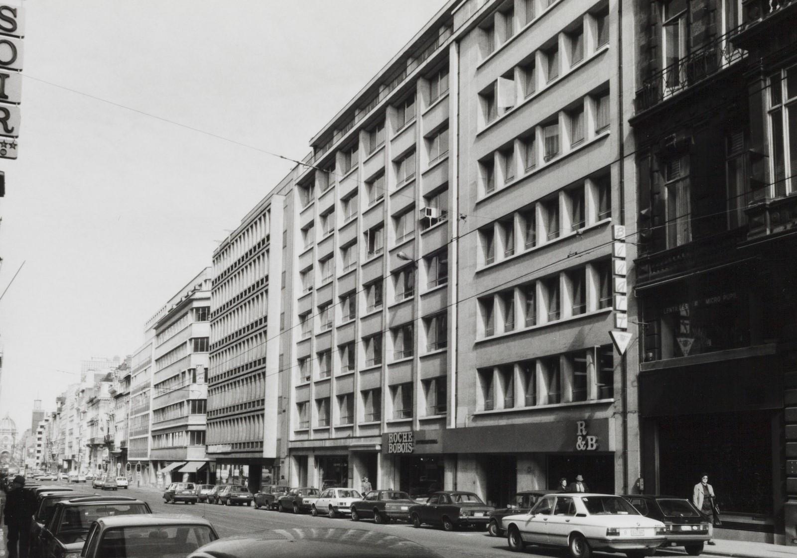 rue Royale … à 35., 1981