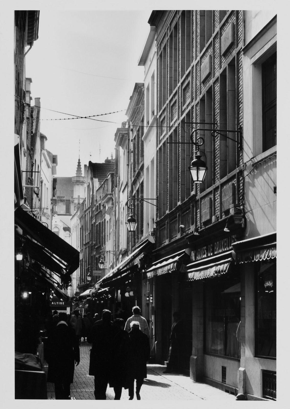 Petite rue des Bouchers, vue générale depuis la rue des Bouchers., 1988