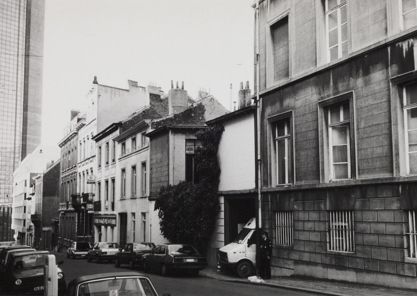 rue de la Sablonnière, n° pairs, aspect rue vers la rue Royale., 1984