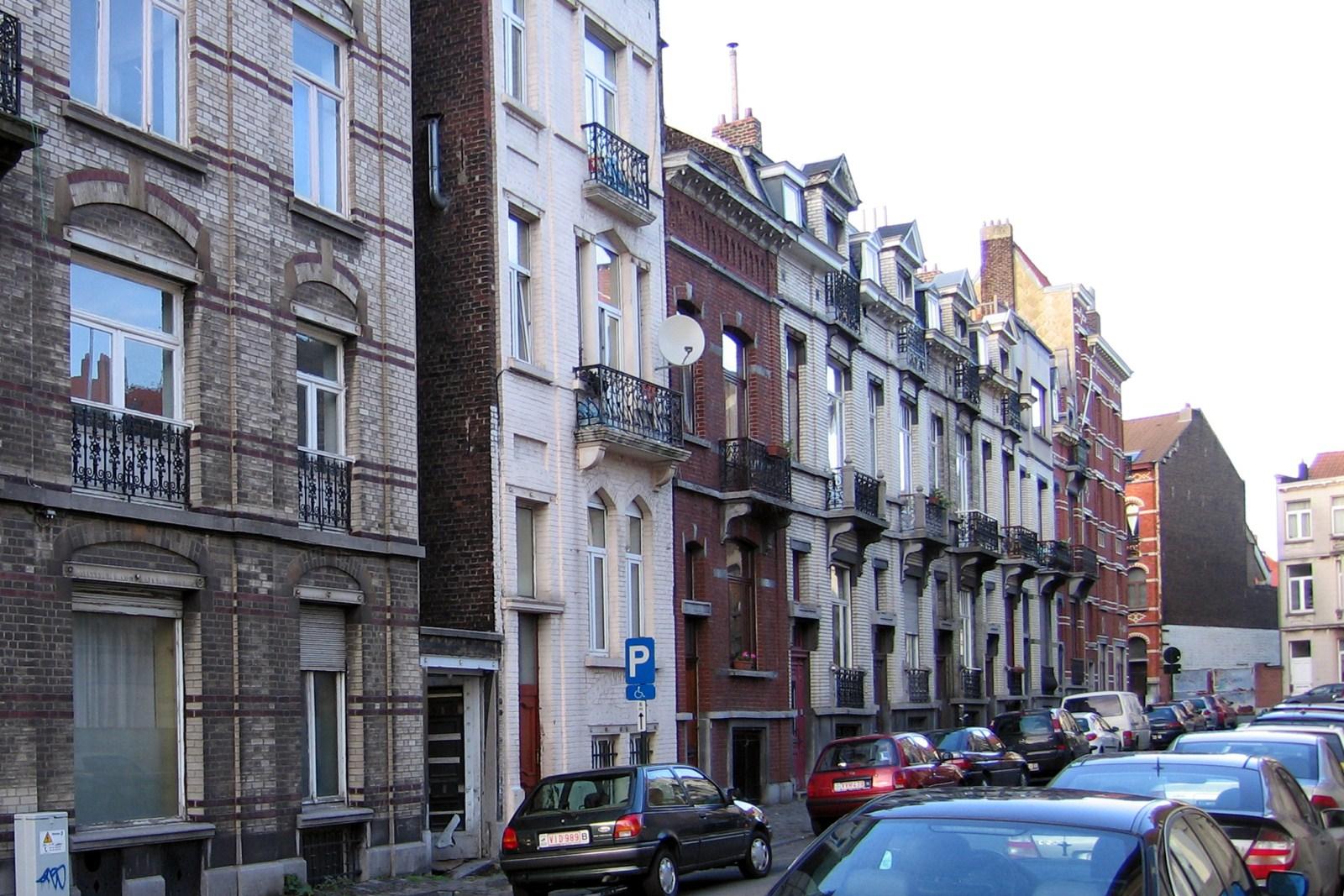 Rue de la Besace, côté pair., 2006