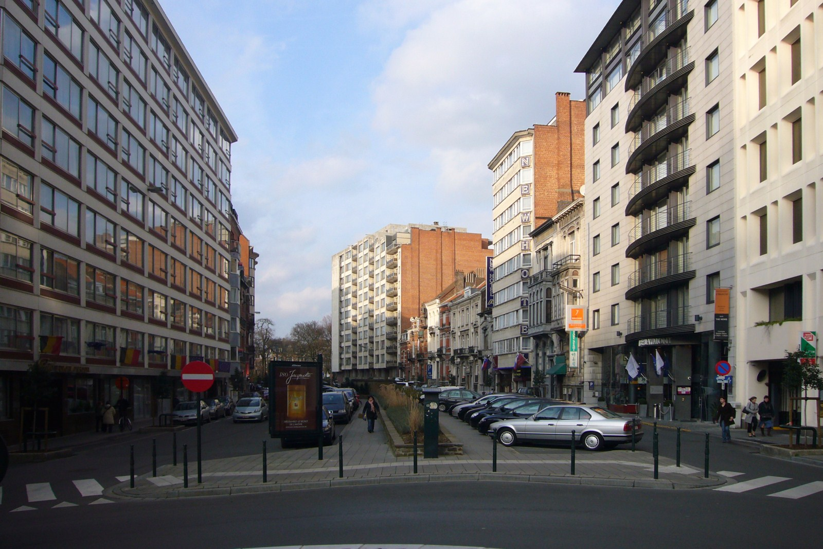 Boulevard Charlemagne, vue vers le square Ambiorix., 2008