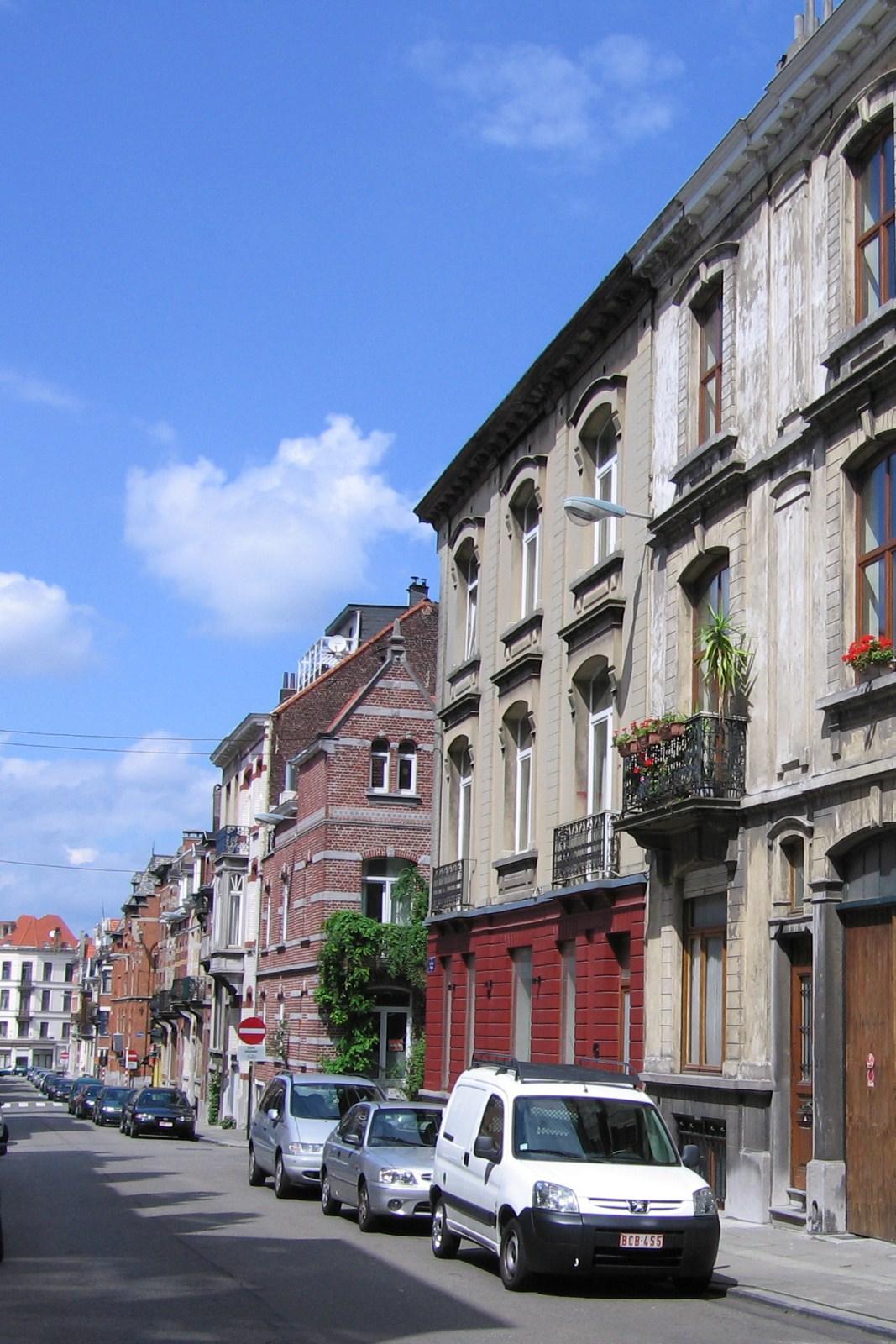 Rue Le Titien, côté pair, vers la rue des Patriotes., 2007