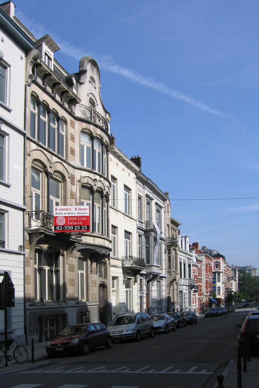 Rue du Taciturne, côté pair, vers le square Marie-Louise., 2007