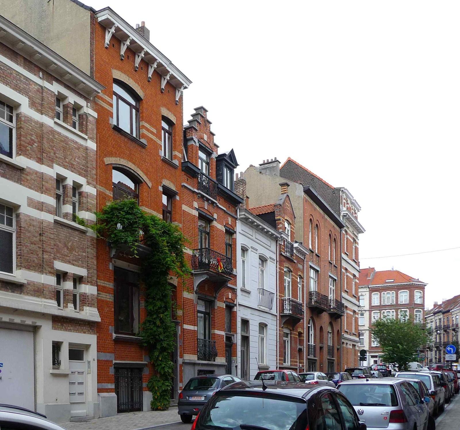 Rue Wappers, côté pair, vers la place Wappers., 2009