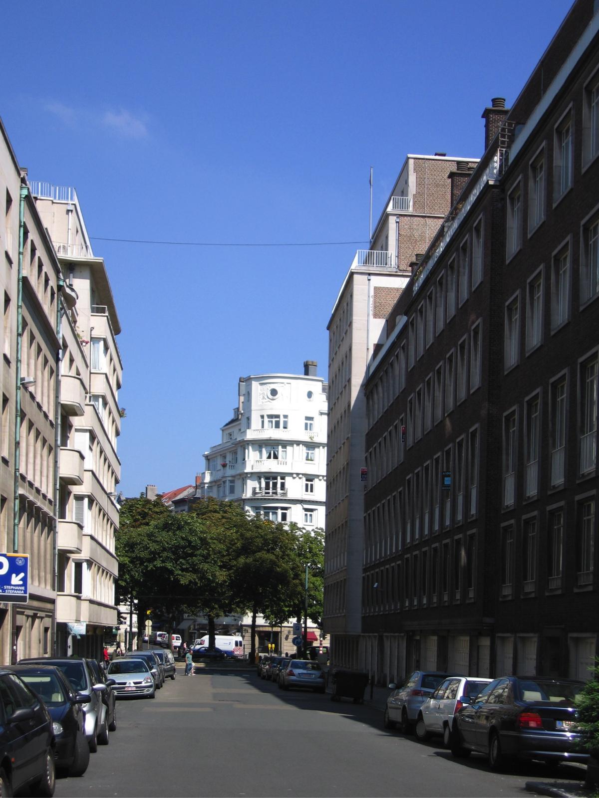 Rue de la Bonté, vue de la rue de Livourne vers l\'avenue Louise., 2005