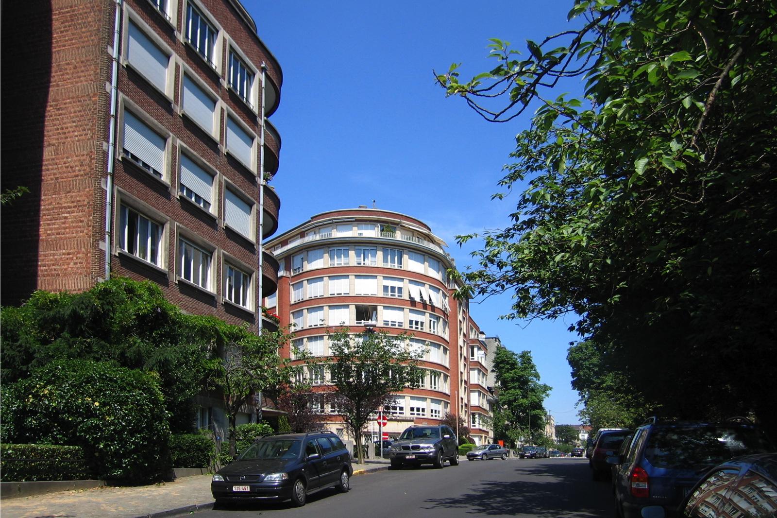 Avenue Jeanne., 2006