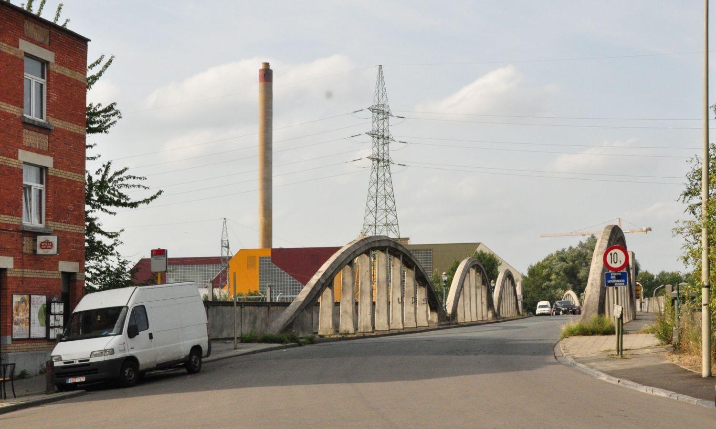Rampe du Lion, vue du pont Albert depuis l'avenue Zénobe Gramme© ARCHistory / APEB, 2012