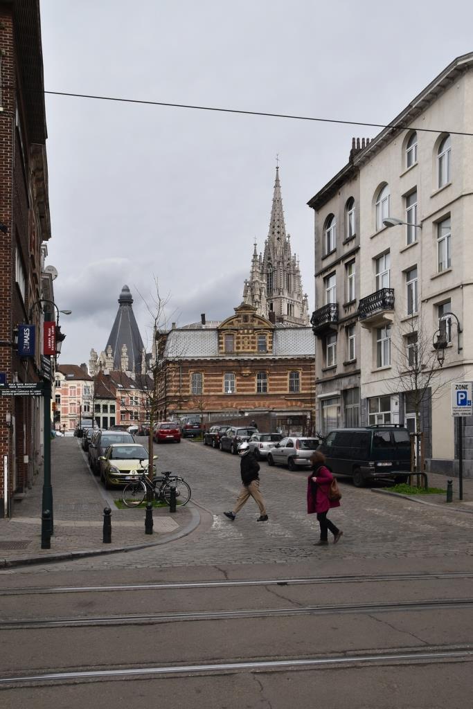 Rue du Champ de l'Église, vue du côté pair depuis la rue Stéphanie vers le chemin de fer© (© APEB, 2017)