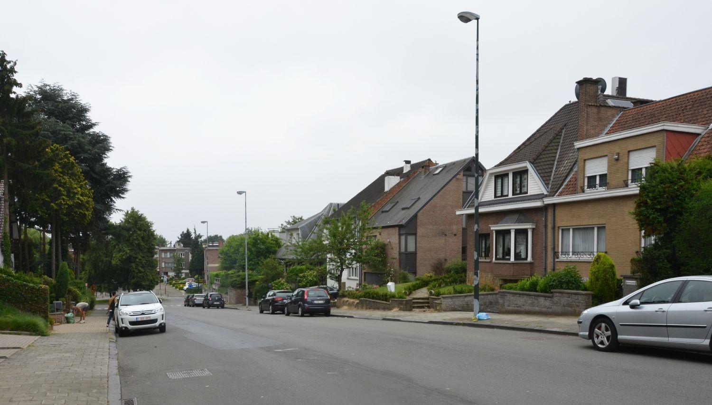Rue Profonde, vue depuis la chaussée Romaine© ARCHistory / APEB, 2018