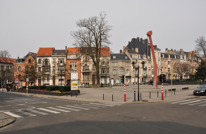 Place de Jamblinne de Meux, vue vers le nord, 2011