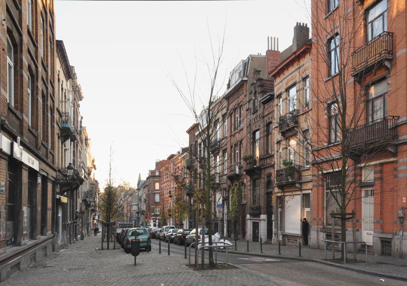 Rue Ernest Laude, vue depuis la place Pogge, 2012