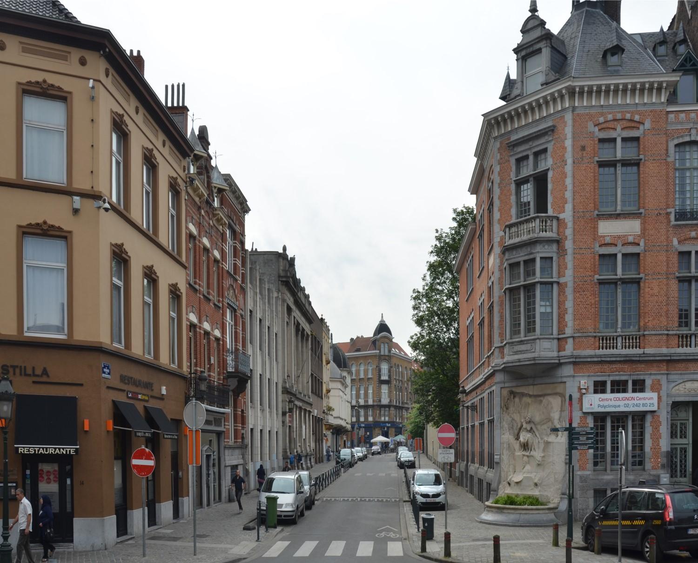 Rue Verwée, vue depuis la place Colignon, 2014