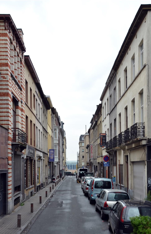Rue de Beughem, vue vers la rue Royale, 2014