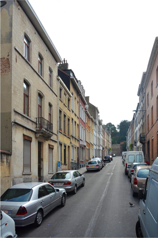 Rue de la Chaumière, vue vers la Petite rue des Secours, 2014
