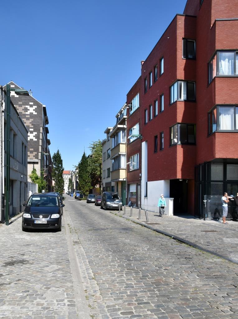 Rue Jolly, vue depuis la place Gaucheret, 2016