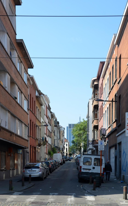 Rue de la Poste, vue depuis la rue Rogier vers la rue Botanique, 2014