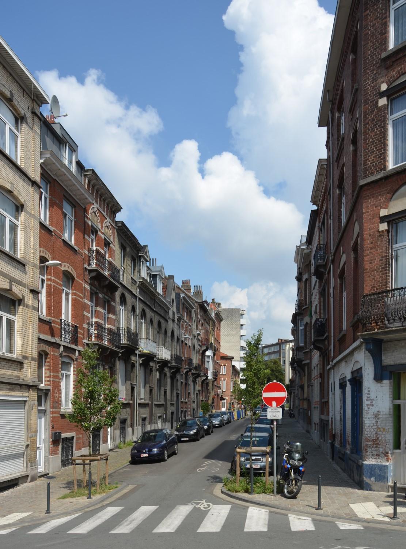 Rue Van Hove, vue vers l'avenue Paul Deschanel, 2014
