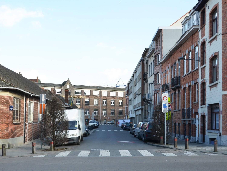 Rue Capronnier, vue depuis la rue François-Joseph Navez, 2013