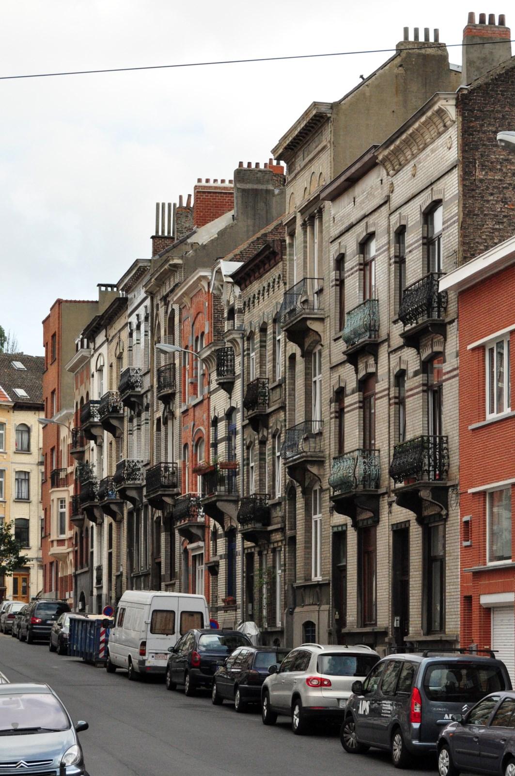 Rue Iwan Gilkin, vue du côté pair, 2012