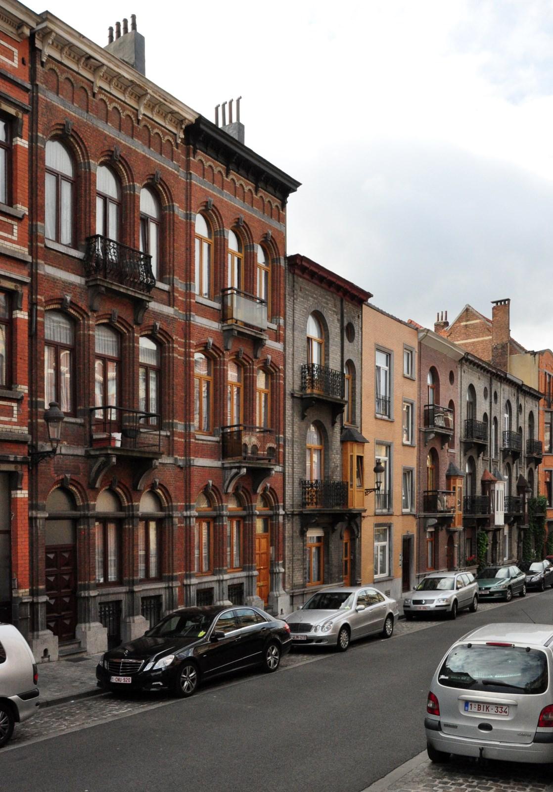 Rue Maurice des Ombiaux 5 à 19, 2012