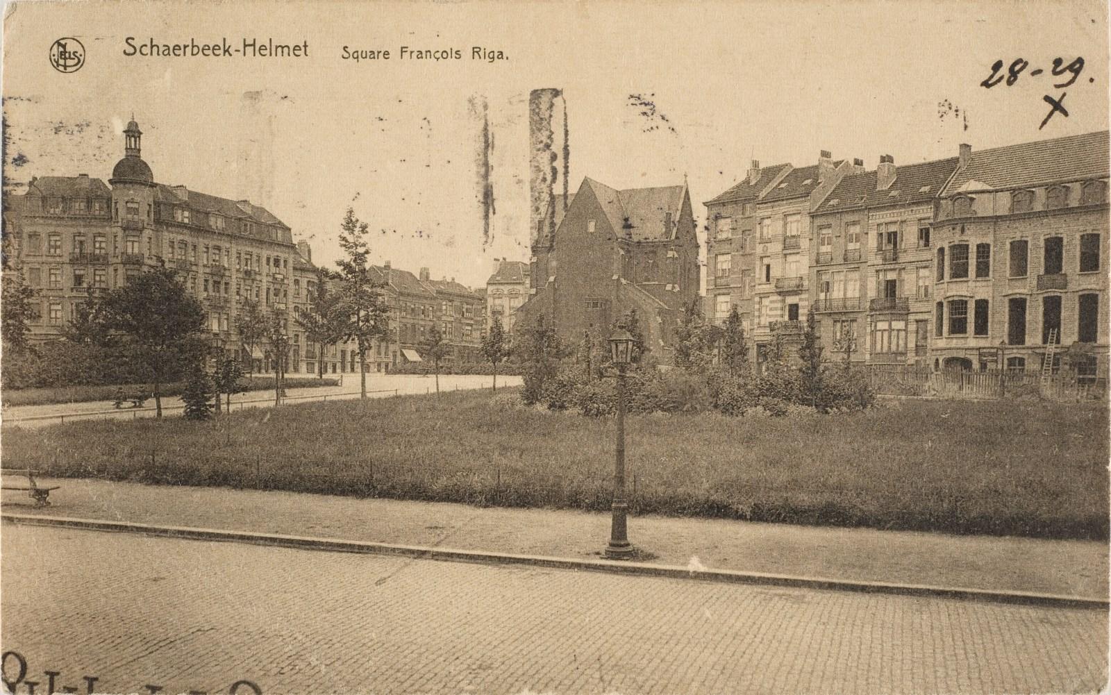 Vue du square François Riga© (Collection Dexia Banque-ARB-RBC)