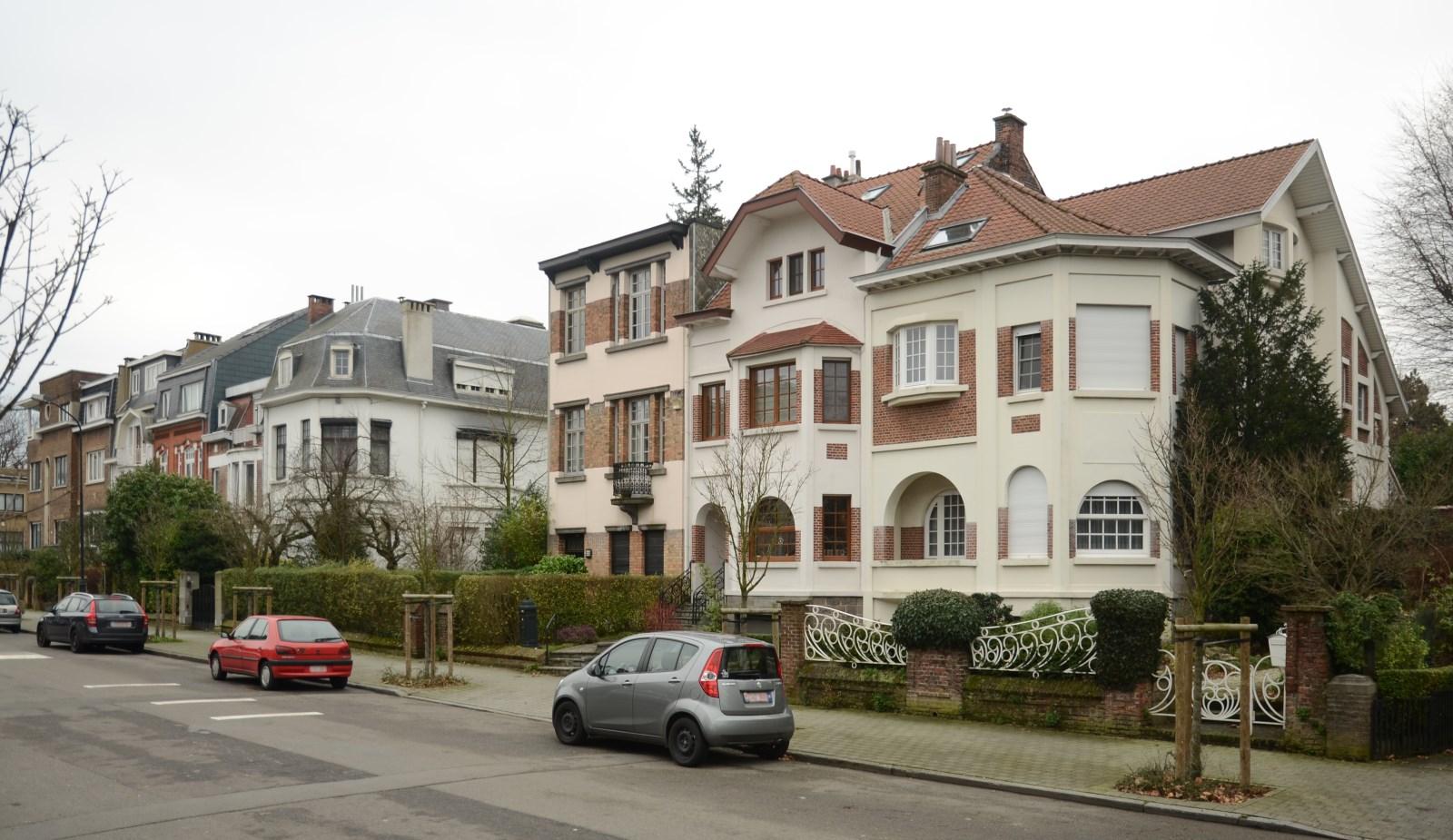 Avenue des Héliotropes, vue du côté impair depuis le boulevard Lambermont, 2012