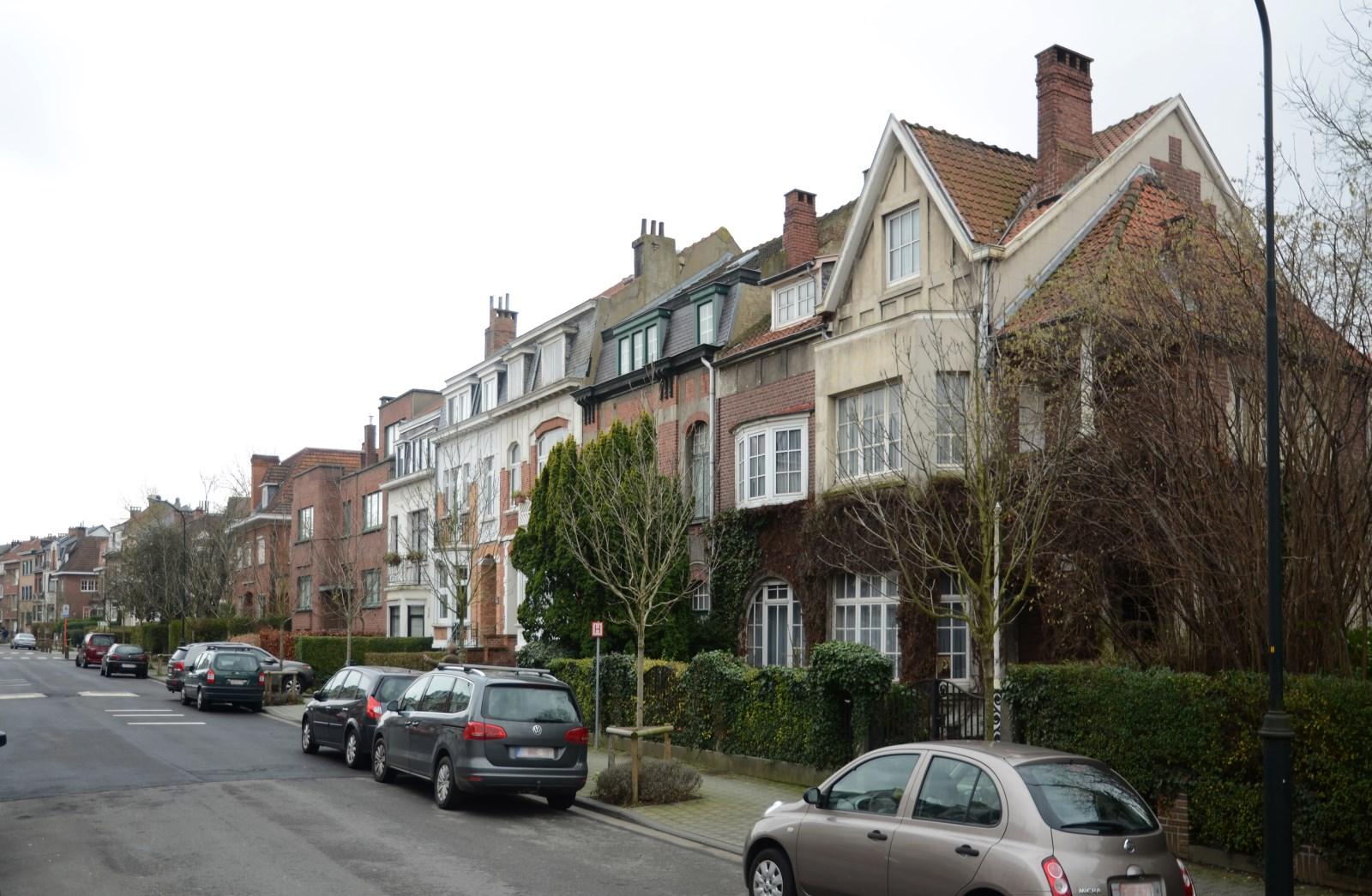 Rue des Mimosas, vue du côté impair, 2012