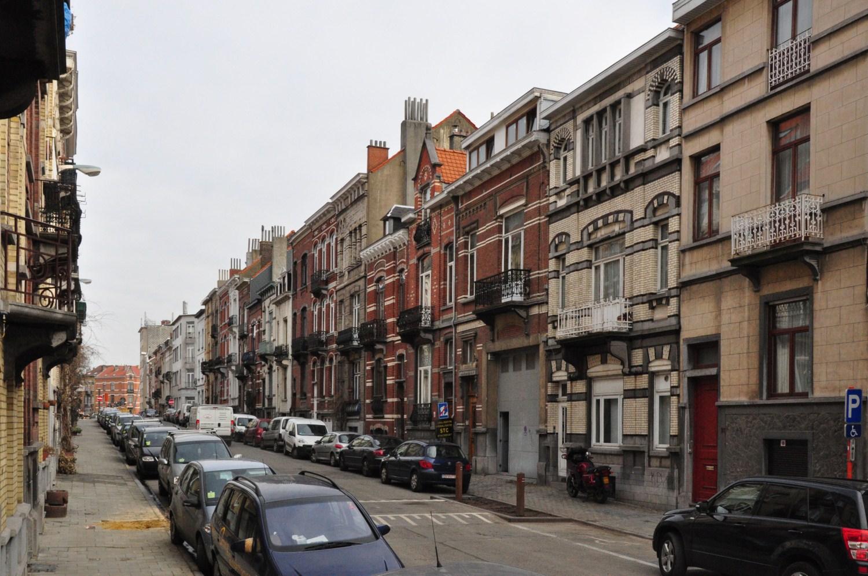 Rue François Bossaerts, vue du côté impair vers l'avenue Rogier, 2012