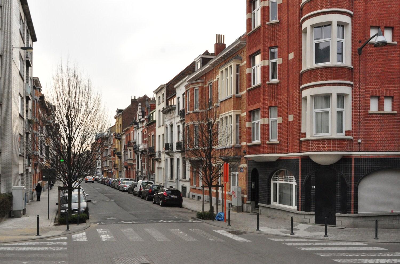 Rue Alexandre Markelbach, vue du côté impair depuis la Grande rue au Bois vers la place Colonel Bremer , 2012