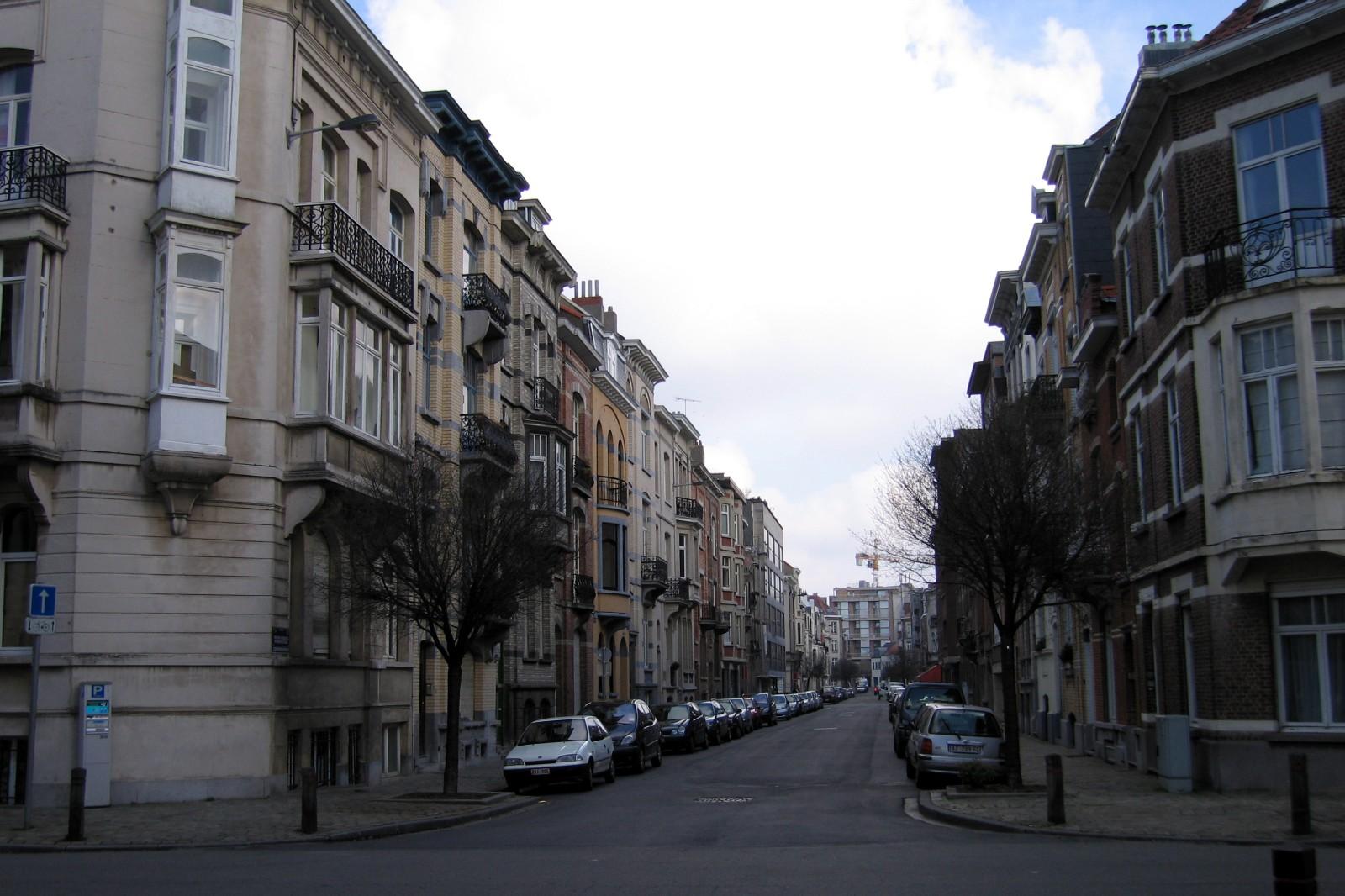 Rue des Atrébates 9, vue vers l\'avenue de Tervuren., 2007