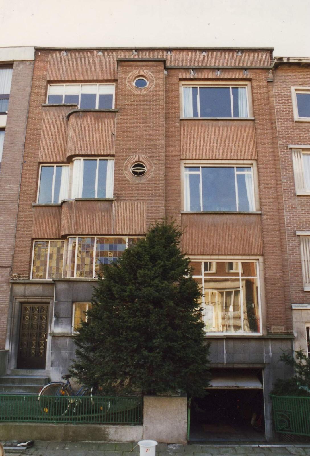 Rue Commandant Lothaire 59, immeuble construit en 1941 par l\'arch. Georges MULLER., 1994