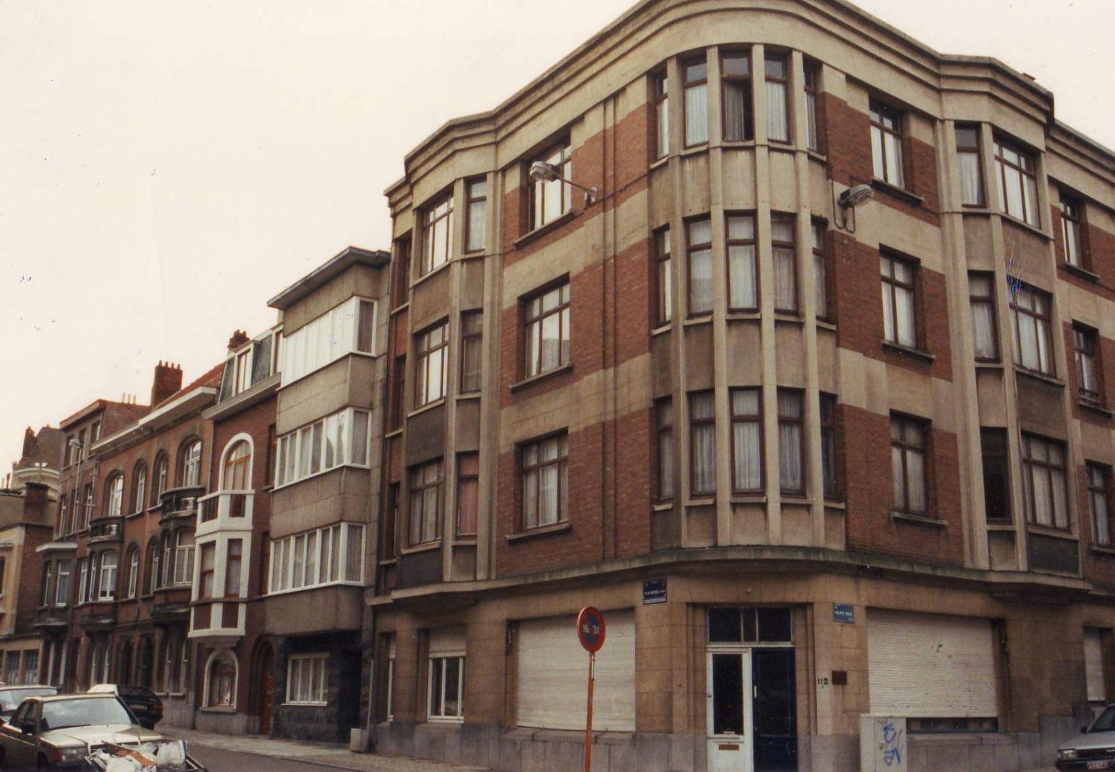 de Haernestraat 87 tot 99 ter hoogte van de kruising met de Philippe Baucqstraat., 1993