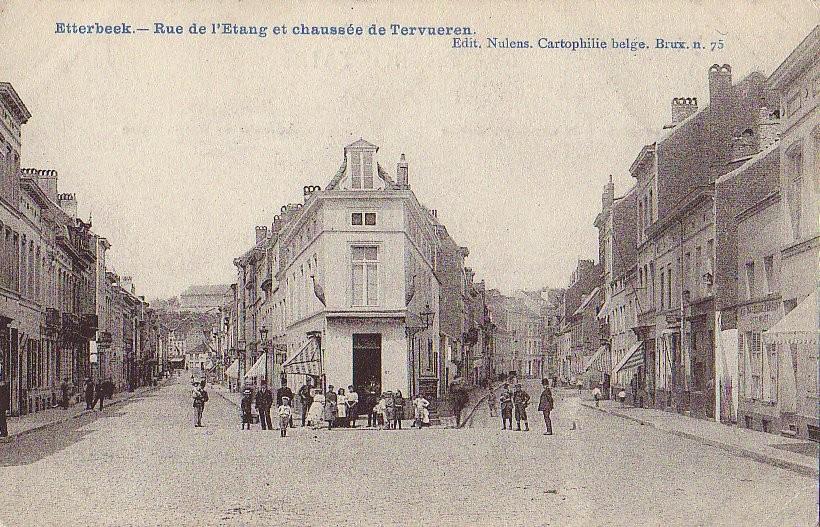 Rue de l\'Etang, à droite l\'anc. chaussée de Tervueren, act. chaussée de Wavre, s.d. (Collection de Dexia Banque).
