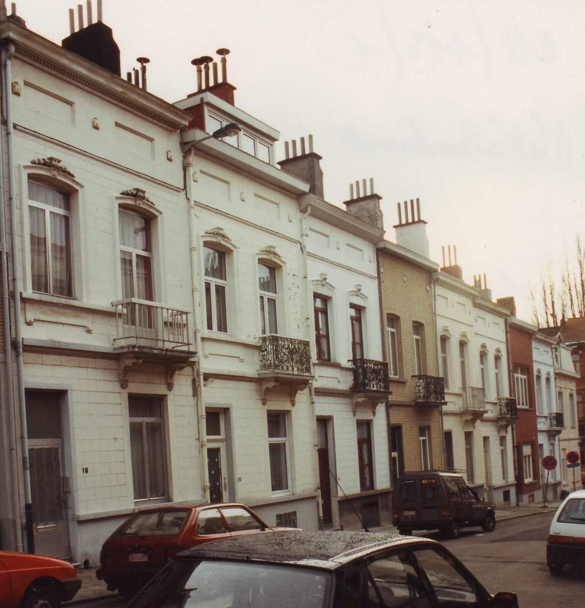 Metaalstraat, huizenrij pare zijde, nr. 18 tot 32., 1993