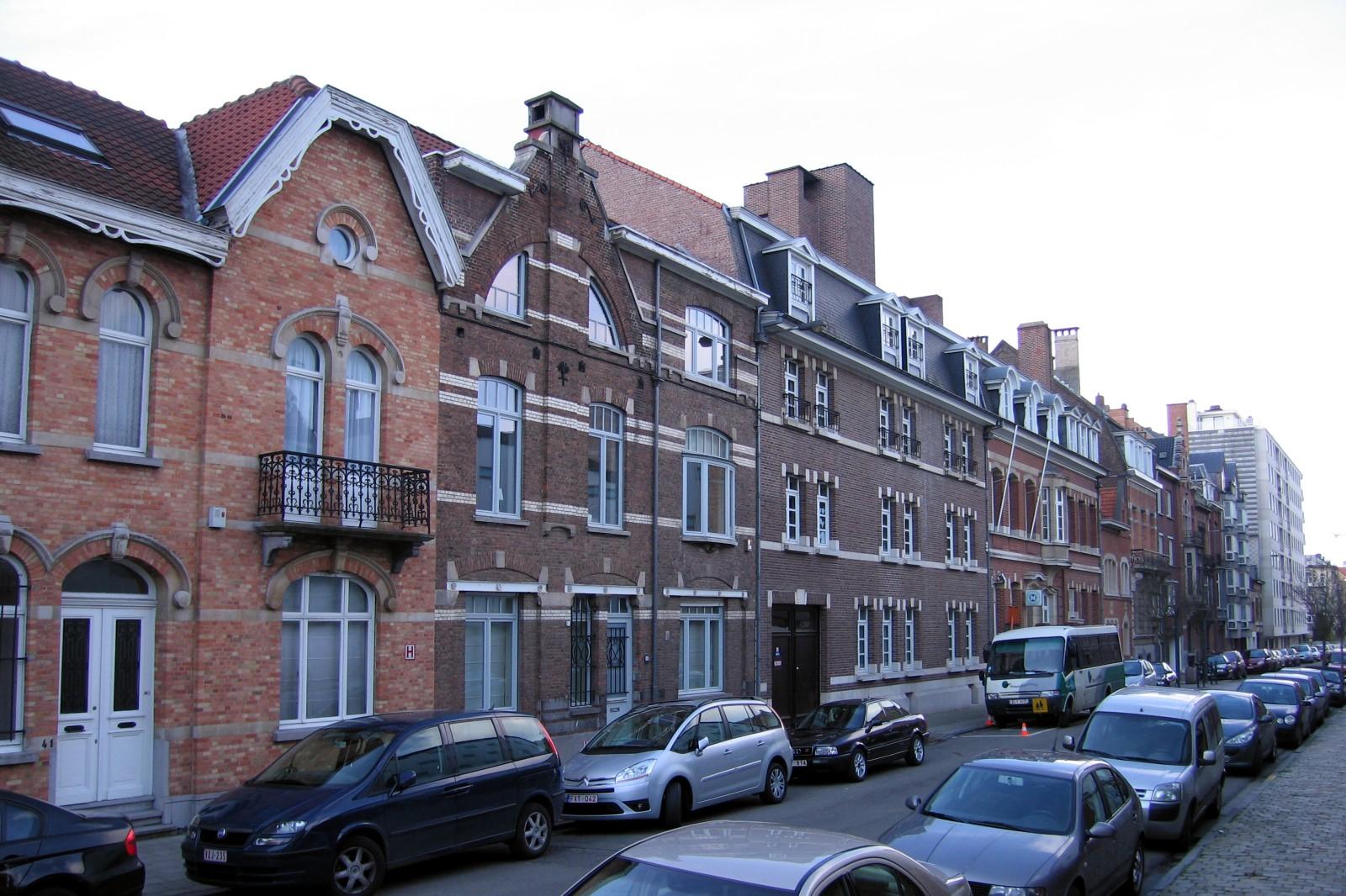 Rue Père Eudore Devroye, côté impair, vers le boulevard Saint-Michel., 2007