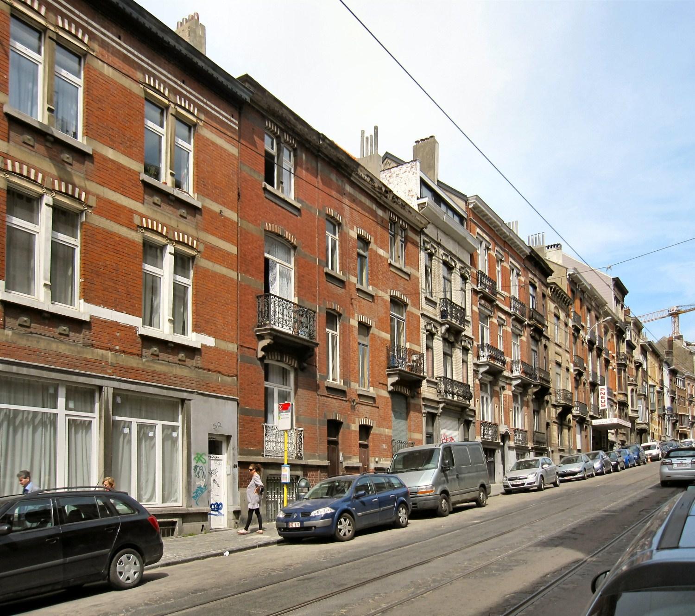 Rue de la Brasserie, vue d'ensemble du côté impair, 2010