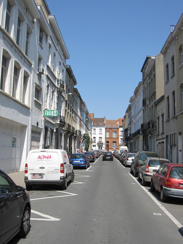 Rue du Couloir, vue direction rue du Collège, 2011