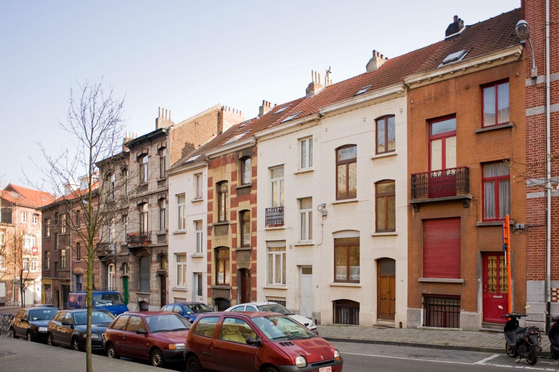 Rue des Deux Ponts 6 à 18, ensemble de maisons bourgeoises et ouvrières, architecte Joseph Dierickx, 1906-1907,, 2012