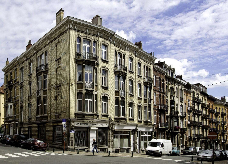 Rue de Vergnies, vue du côté pair vers la place E. Flagey© (Françoise Waltéry © MRBC - MBHG), 2011