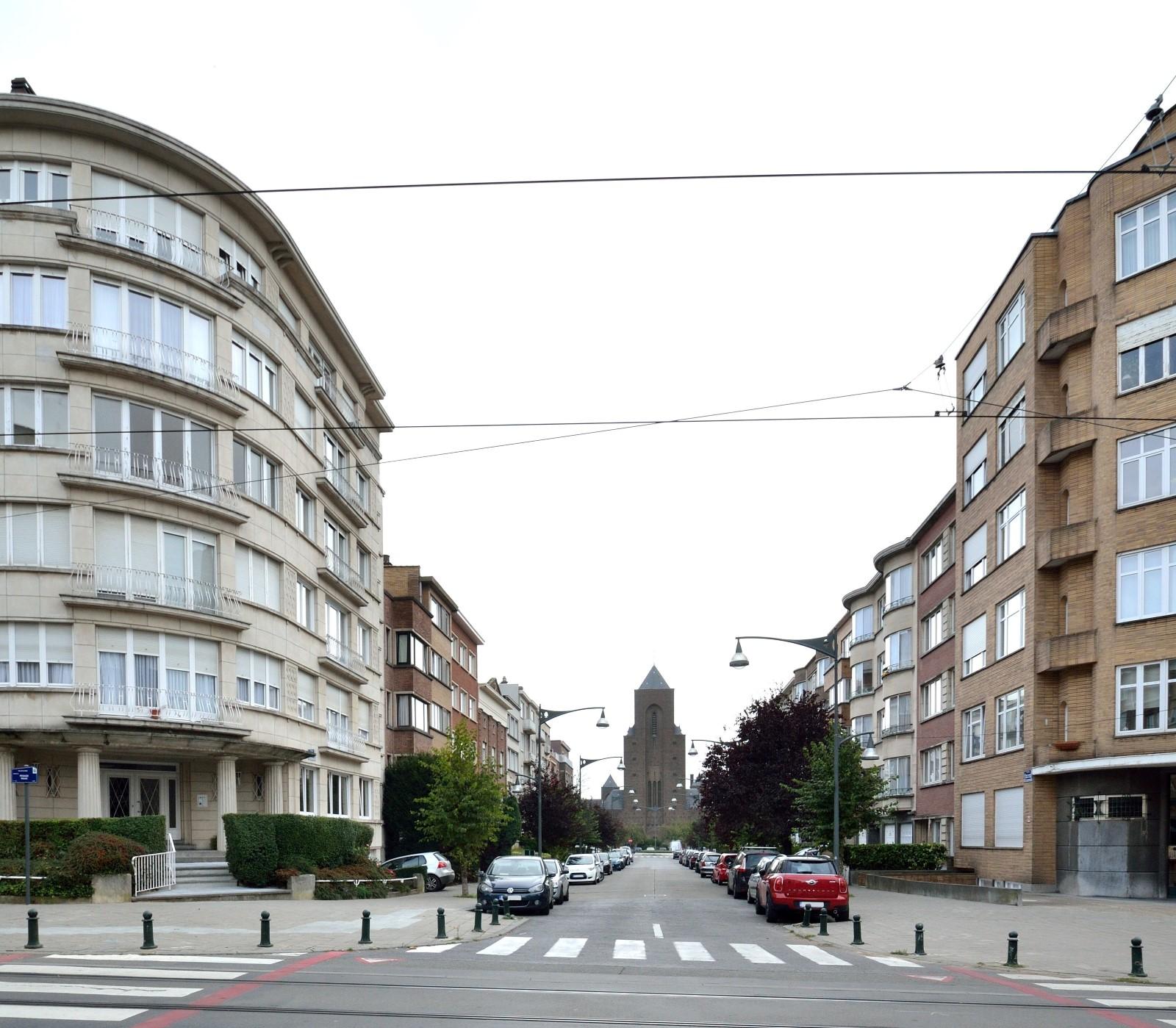 Avenue Général Dossin de Saint-Georges, vue d'ensemble, 2014