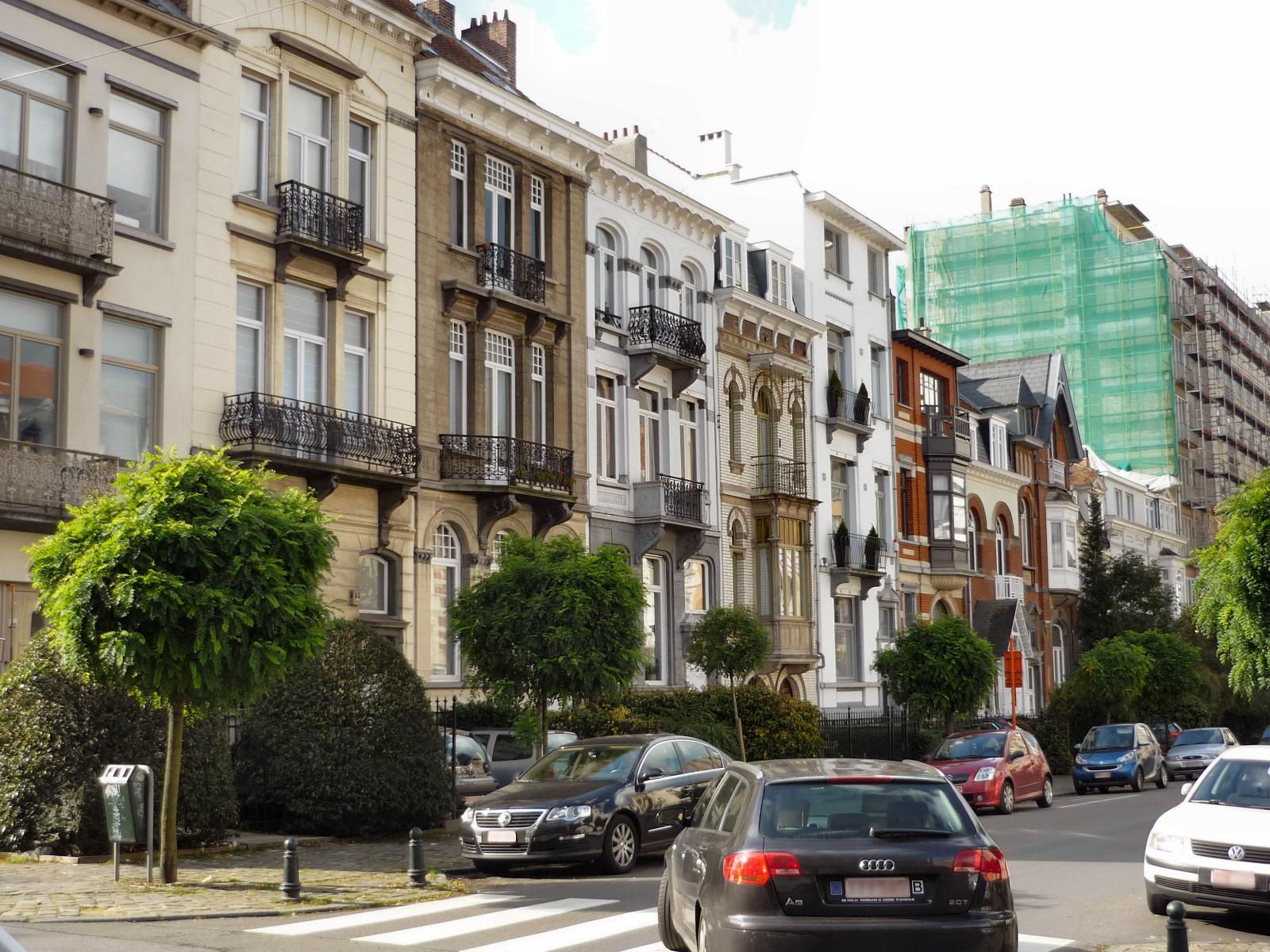 Rue du Haut-Pont, vue du côté impair., 2006